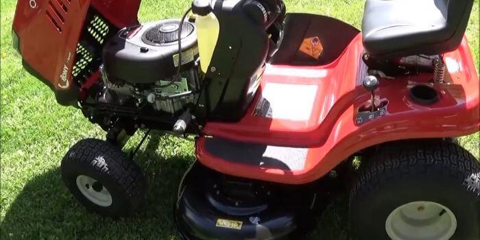 engine of riding mower